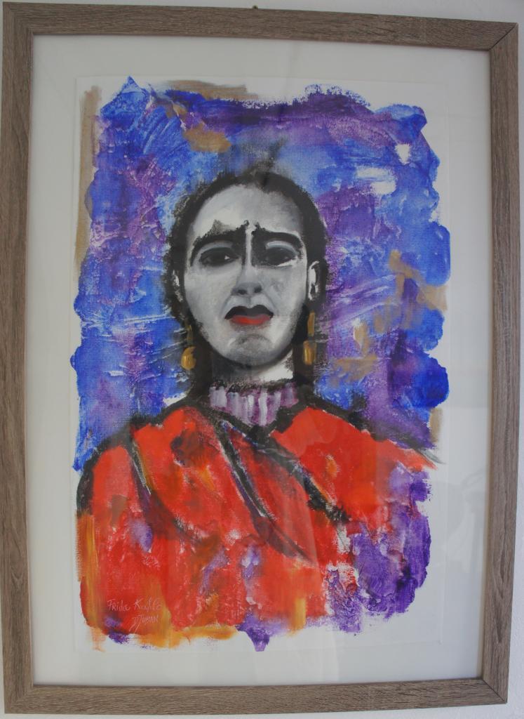 28 Viva Frida